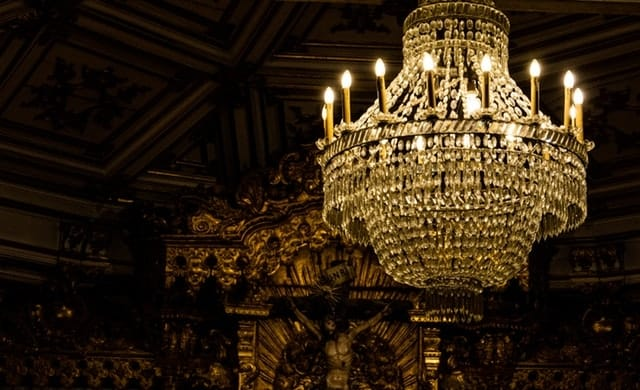 Make Your Hotel Attractive With Luxury Lighting Design